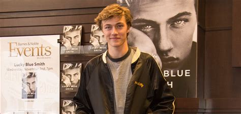 Lucky Blue Smith Shares Shirtless Selfie With Girlfriend
