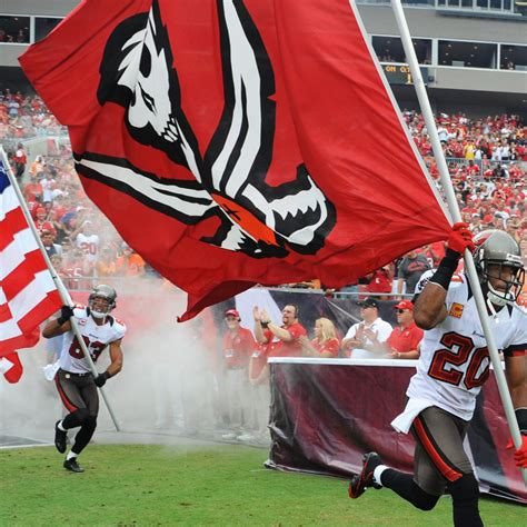 Tampa Bay Buccaneers: The 5 Moves They Must Avoid This